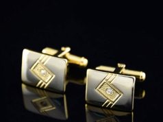 How to Choose the Right Cufflink Material for Specific Occasions