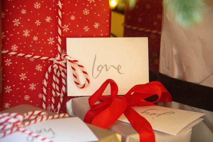8 Helpful Tips For Finding a Great Jewelry Gift