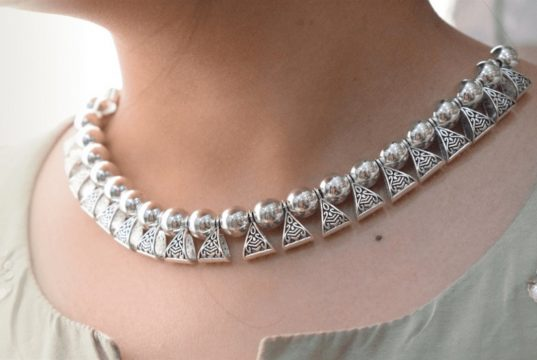 How to Choose the Right Necklace Jewelry