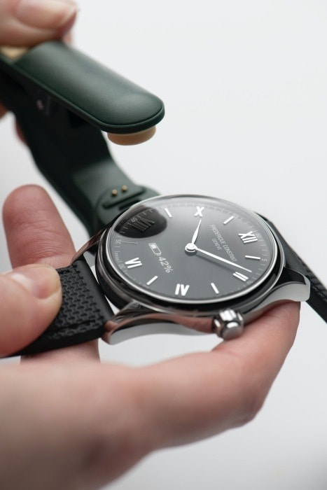 Frederique Constant Smartwatch Vitality Charge