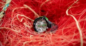 Diver Net: from the sea to the wrist